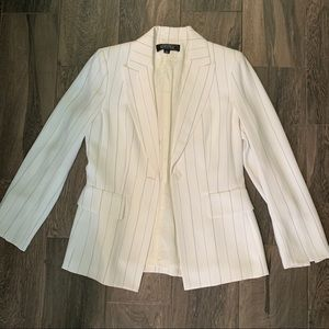 Kasper White and gray striped suit set